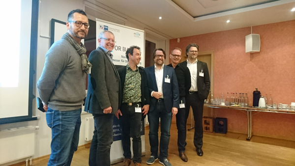 Stefan Neumann, Roman Spendler, Ernst Gerhus, Niels Dahnke, Nico Erhardt, Christian Schmidt (v.l.n.r.) nach der Vortragsveranstaltung.
