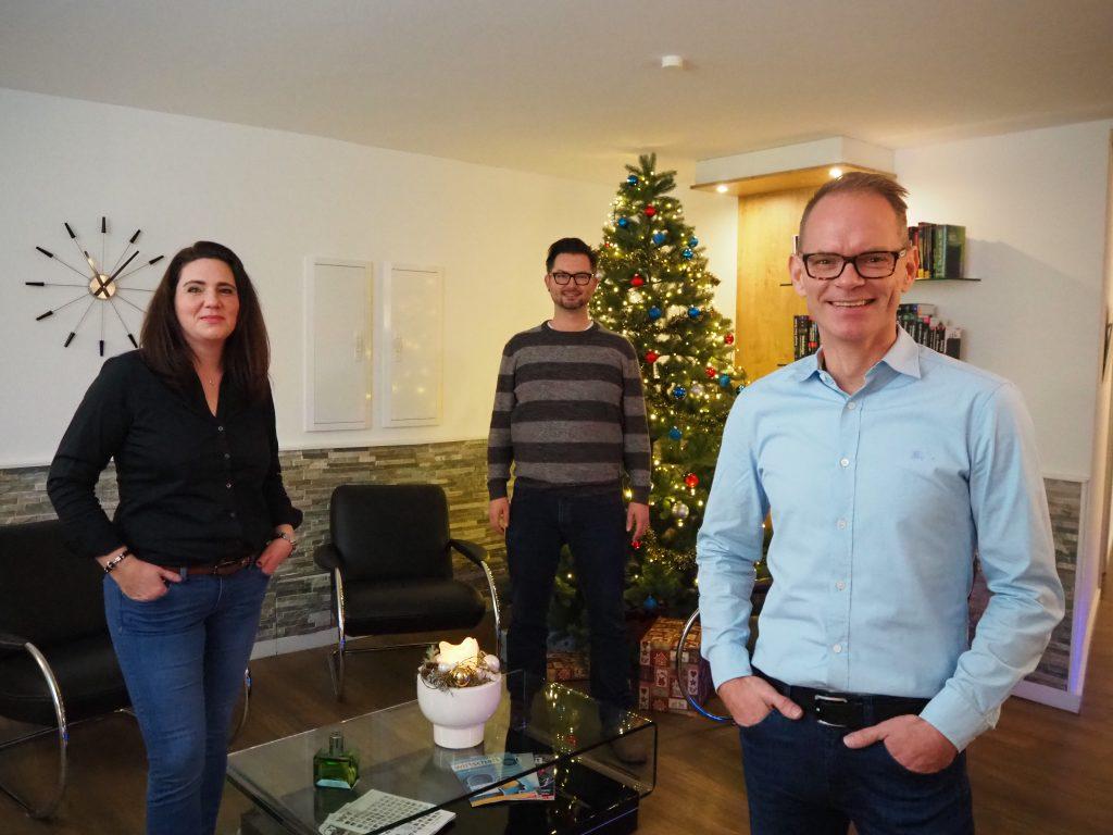Von Anfang an dabei: Martina Petersen (Buchhaltung & Controlling), Martin Kudritzki (Gründer) und Nico Erhardt (geschäftsführender Gesellschafter)